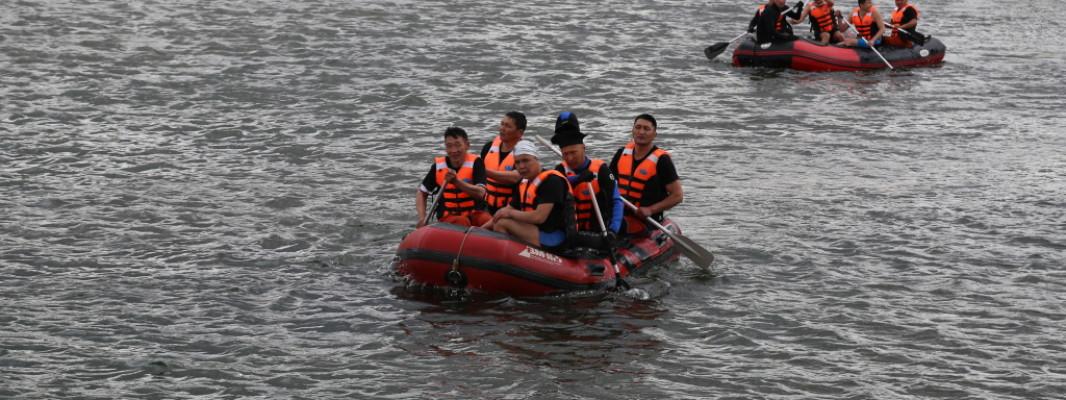 Аврагчид урсгал усанд эрэн хайх, аврах ажиллагааны дадлага сургуульд хамрагдаж байна