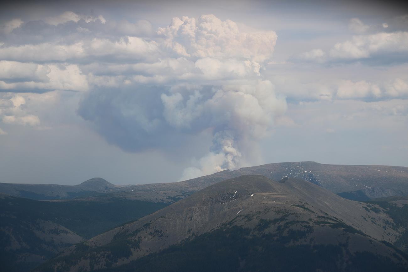Улсын хэмжээнд нэг түймэр асч, гурван түймэр цурманд байна